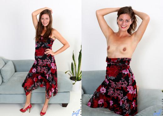 Vivian Smith - Cum For You - Anilos - MILF Sexy Photo Gallery