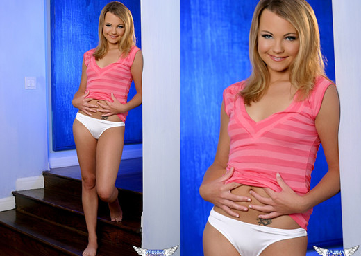 Sky Lynn - Out Of My White Undies - SpunkyAngels - Solo Picture Gallery