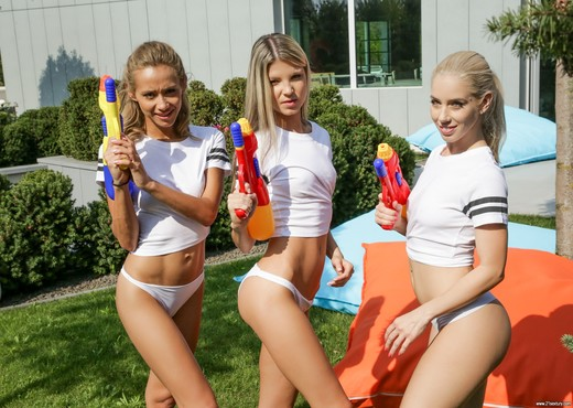Nesty, Gina Gerson, Veronica Leal - Wet T-Shirts - 21Sextury - Lesbian HD Gallery