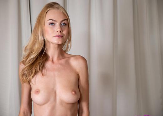 Nancy A - Young Love - S17:E5 - Petite HD Porn - Hardcore TGP