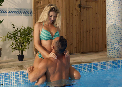 Mary Kalisy & Dorian - Summertime Sex - X-Art - Hardcore Porn Gallery