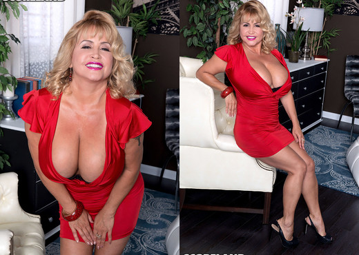Valentina Monroe - Valentina's Sexy & Stacked - ScoreLand - Boobs Porn Gallery