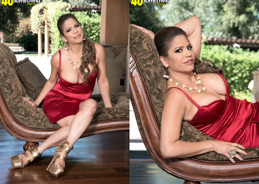 Meet Colombian MILF Andrea Grey - 40 Something Mag - MILF Sexy Photo Gallery