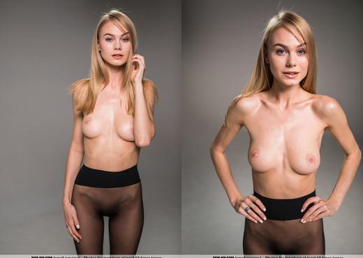 Pantyhose Beauty - Jane F. - Femjoy - Solo Picture Gallery