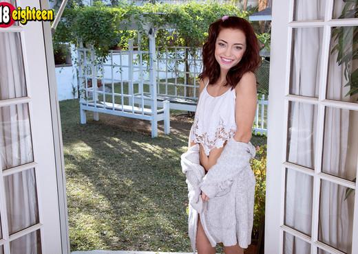 Paisley Rae - Tight Teen Princess - 18eighteen - Teen Image Gallery