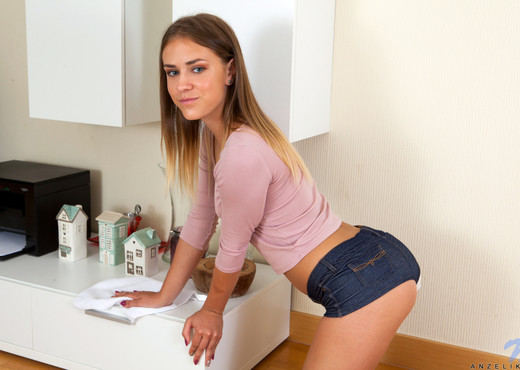 Anzelika - Teen Sweetheart - Nubiles - Teen HD Gallery