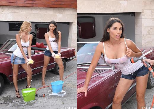 Zafira, Peneloppe Ferre - Girls Gone Wet & Wild - Hardcore Nude Pics