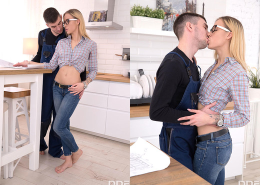 Ria - Fulfilling Her Anal Needs - Anal Picture Gallery