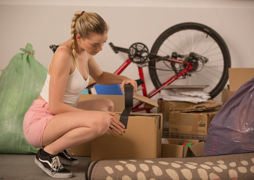 Anny Aroura Real Life Moving Day Sex - X-Art - Hardcore HD Gallery