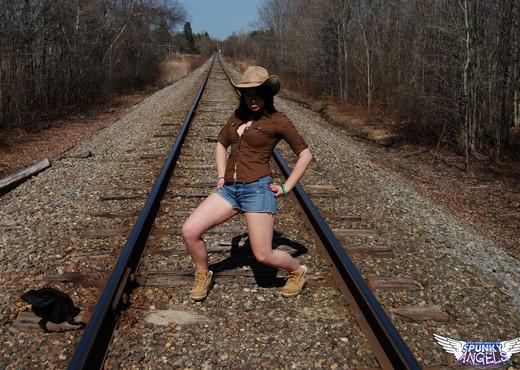 Emily Love - On The Tracks - SpunkyAngels - Solo TGP
