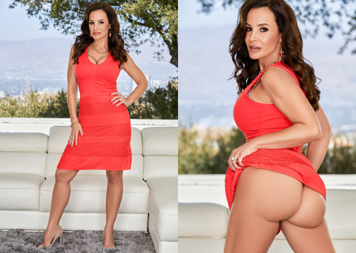 MILF Lisa Ann's Interracial Threesome - Evil Angel - Interracial Image Gallery
