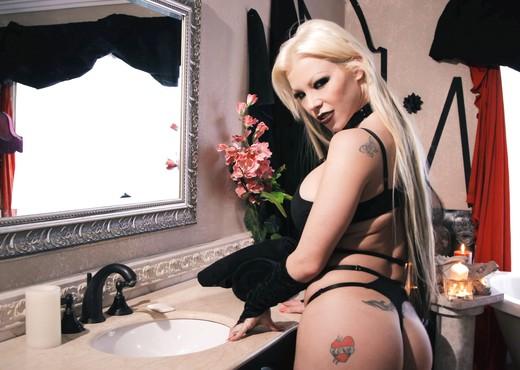 Evil Oil - Barbie Sins - Burning Angel - Anal HD Gallery