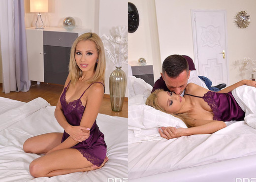Veronica Leal - Vibrating Anal Gift - Blowjob Porn Gallery