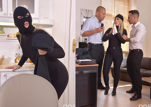 Selvaggia - DP the Burglar! - Hardcore Nude Gallery