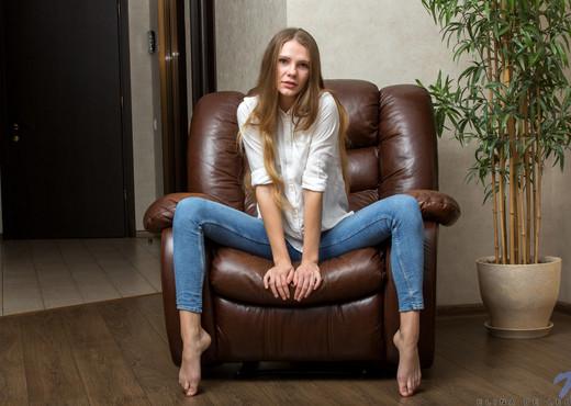 Elina De Leon - Sexy Elina - Nubiles - Teen Picture Gallery