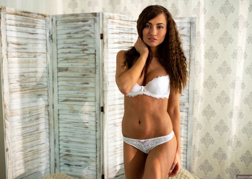 Michaela Isizzu Wants To Show You A Good Time - Solo HD Gallery