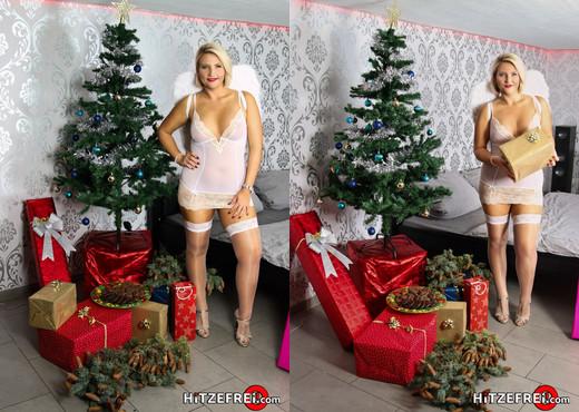 Wenn Der Weihnachtsmann Zweimal Kommt - Hitzefrei - Hardcore HD Gallery