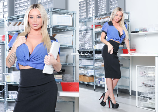 Rachele Richey, Cyrus King - Big Tit Office Chicks #06 - Hardcore Sexy Gallery