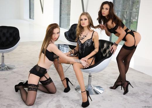 Tiffany Tatum, Sabrisse, Leyla Fiore - Silk & Erotica - Lesbian Hot Gallery