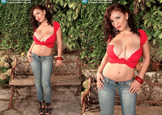 Lana Ivans - Tight Jeans, Tight Tops - ScoreLand - Boobs Sexy Gallery