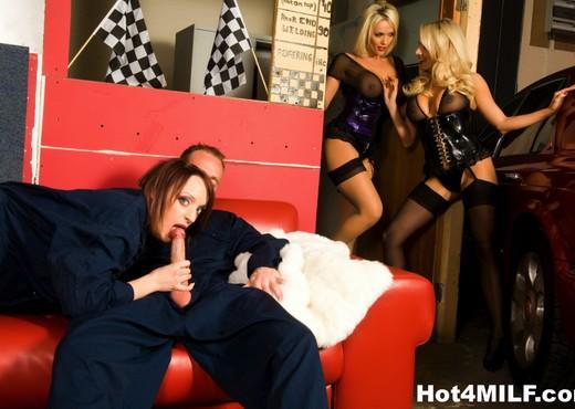 Two big tit blondes watch a brunette hottie get fucked! - MILF Nude Gallery
