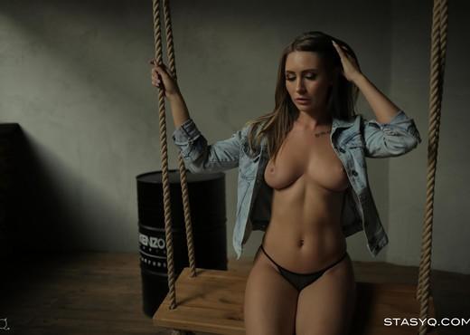 LunyQ - StasyQ 319 - Solo Sexy Gallery