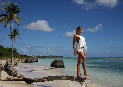 Sea View - Amber A. - Femjoy - Solo Nude Pics