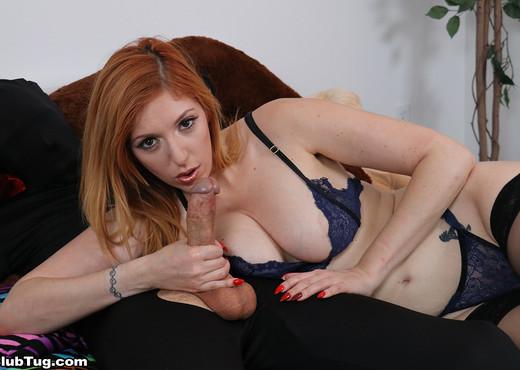 Lauren Phillips - Redhead sexbomb handjob - ClubTug - Hardcore Sexy Gallery