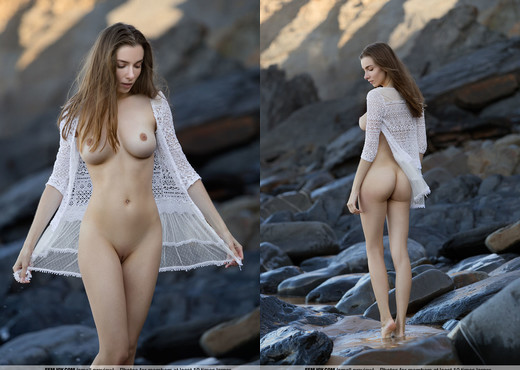 Feel The Waves - Mariposa - Femjoy - Solo Nude Gallery