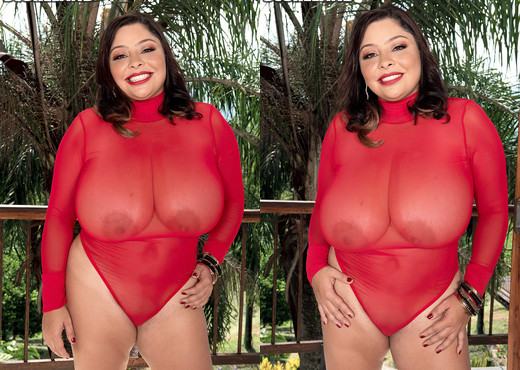 Huge Boobs In Motion With Sofia Damon - ScoreLand - Boobs Nude Gallery