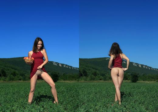 Peaches - Arina F. - Femjoy - Solo Image Gallery