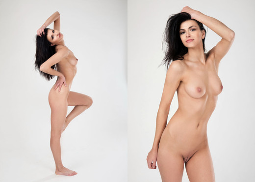 Show Me What You Got - Stefany G. - Femjoy - Solo Nude Pics