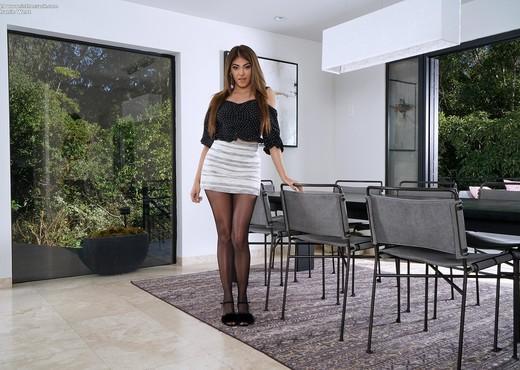 Stephanie West - InTheCrack - Solo Sexy Gallery