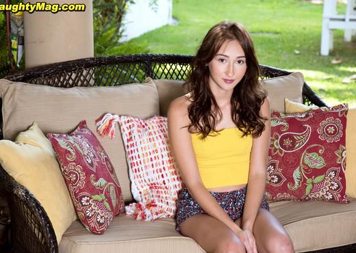 Carmen Rae - Carmen Cums - Naughty Mag - Amateur Nude Pics