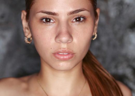 Night Beauty - Mily Mendoza - Watch4Beauty - Solo TGP