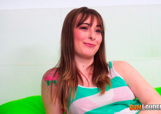 Denise Martin: New horny girl - CumLouder - Hardcore Nude Pics