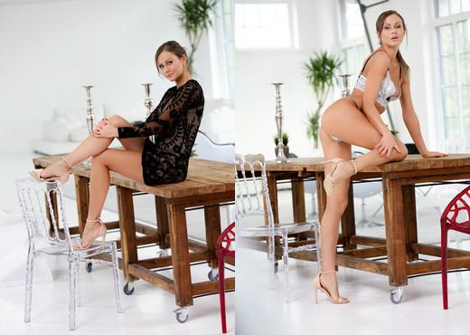 Tina Kay - Follow My Footsteps - 21Naturals - Hardcore Nude Pics