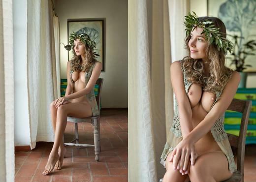 Aphrodite - Clover - Femjoy - Solo Sexy Gallery
