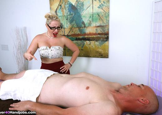 Dolce Vandela - She Wouldnt Let Him Cum - Over 40 Handjobs - MILF Nude Pics