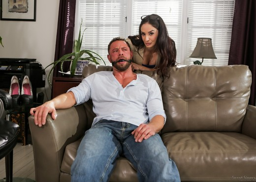 Sheena Ryder - The Sex Therapist #02 - Mile High Media - Hardcore HD Gallery