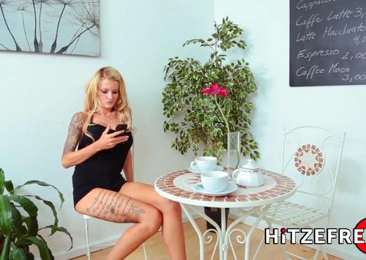 Lesbian Duo Fucking In Botique - Hitzefrei - Lesbian Sexy Gallery
