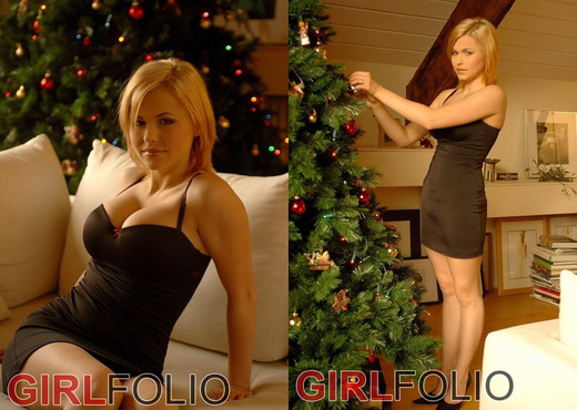 Iga - All I Want For Christmas - Girlfolio - Solo Picture Gallery