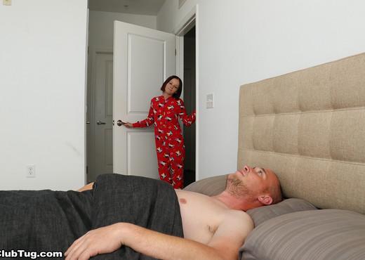 Alyssa Hart - She Made Him Cum - ClubTug - Hardcore HD Gallery