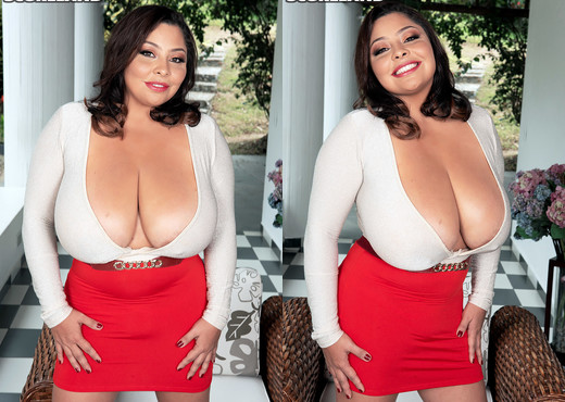 Sofia Damon: A Prize For Breast Men - ScoreLand - Boobs Picture Gallery