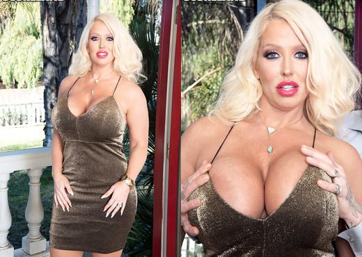 Alura Jenson: Big Tits & Anal - ScoreLand - Boobs Sexy Gallery