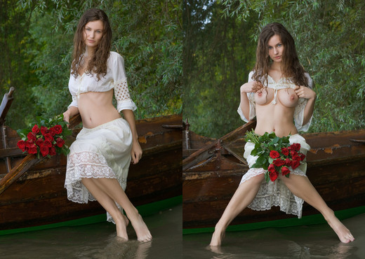 Lady Of The Lake - Susann - Femjoy - Solo Image Gallery