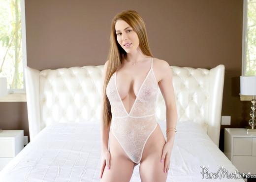 Brianna Rose - Steamy Sex - Pure Mature - MILF Sexy Photo Gallery