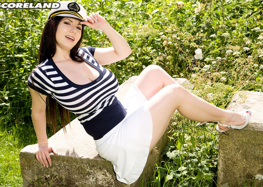 Tits Ahoy! With Karina Hart - ScoreLand - Boobs Picture Gallery