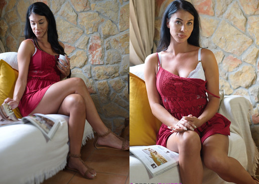 Roxy Mendez - Roxy Rocks - BreathTakers - Solo Porn Gallery