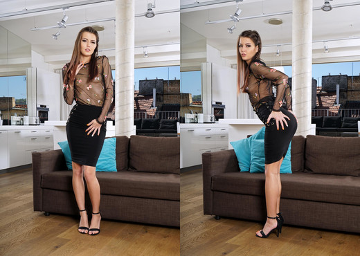 Cindy Shine - InTheCrack - Solo Hot Gallery